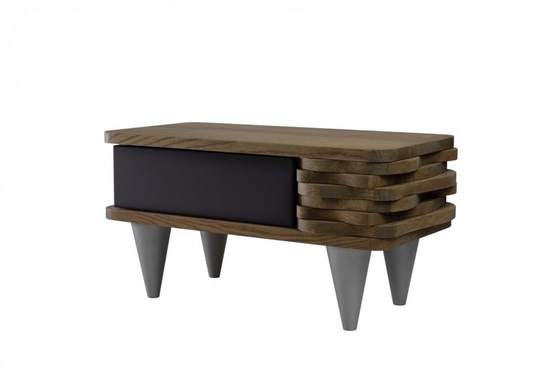 Stolik nocny drewnany ORGANIQUE brązowy z jedną czarną szufladą FUR00122