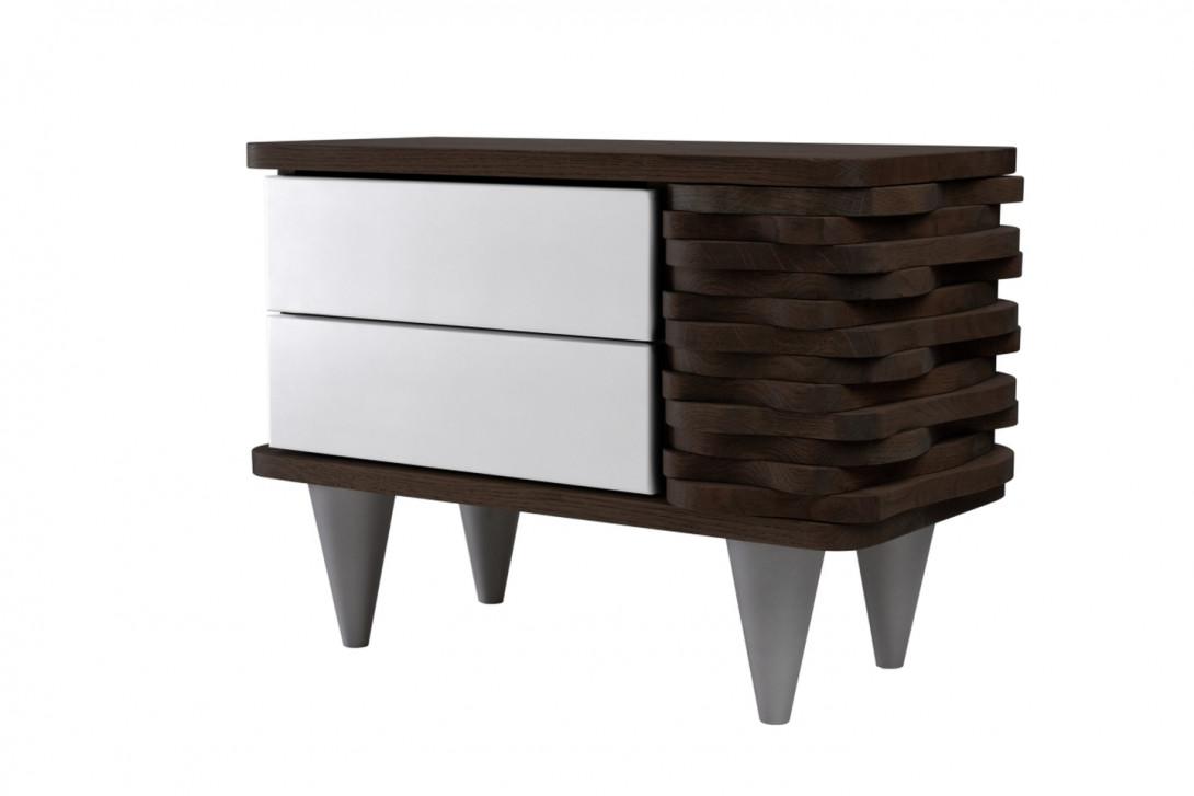 Stolik nocny drewnany ORGANIQUE ciemnobrązowy z dwoma białymi szufladami FUR0150