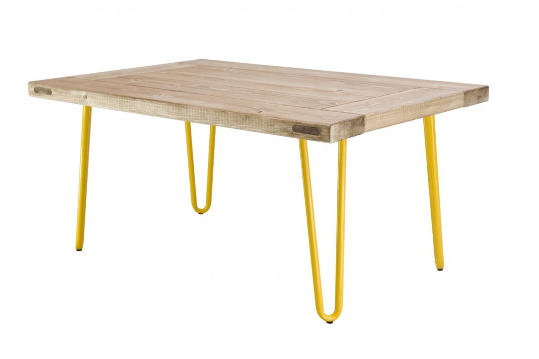 Drewniany stolik kawowy VILLAGE DOOR na żółtych nóżkach FCT0011