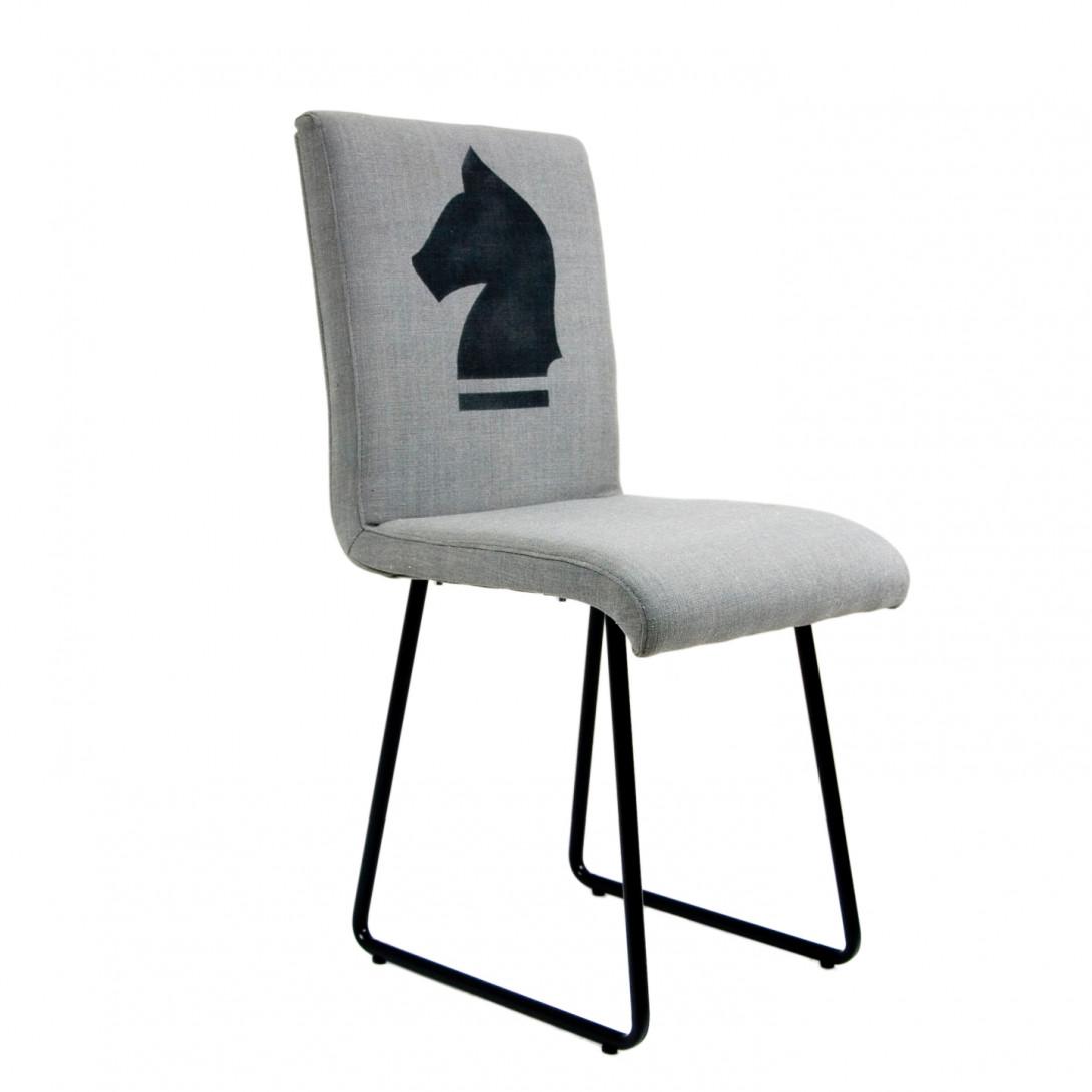 Krzesło CHESS HORSE na czarnych płozach FST0200 - gie el
