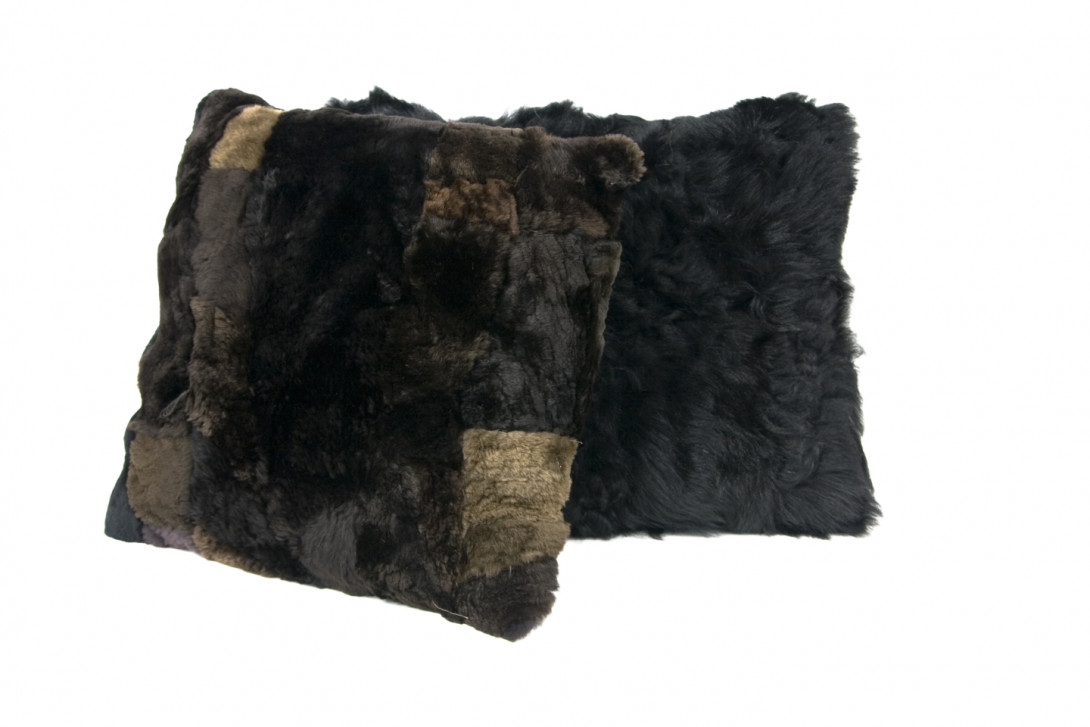 Decorative cushion BLACK SHEEP APL0020