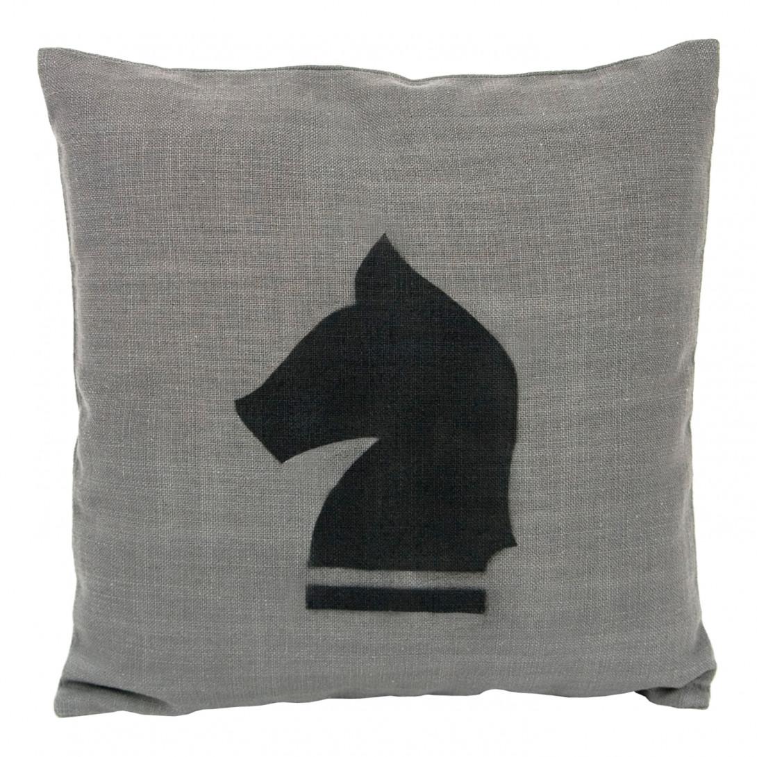 Poduszka dekoracyjna CHESS HORSE APL0070 - gie el