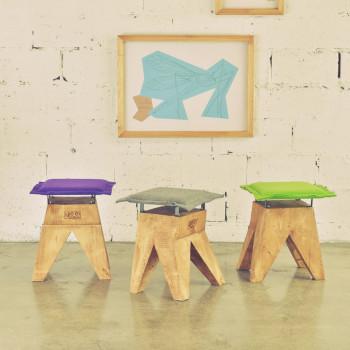 Taborety i stołki do salonu