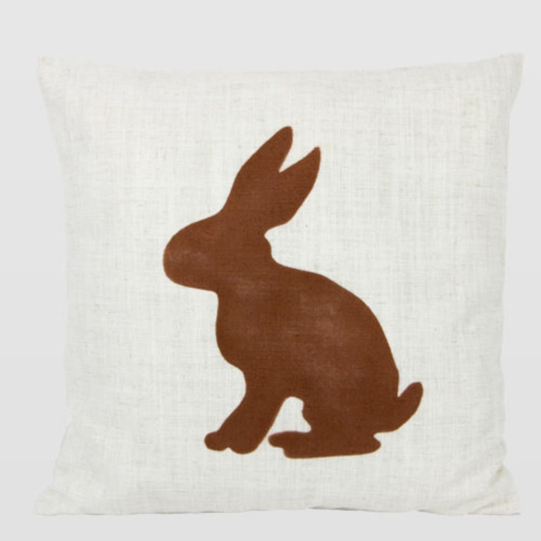 cushion with rabbit APL0080