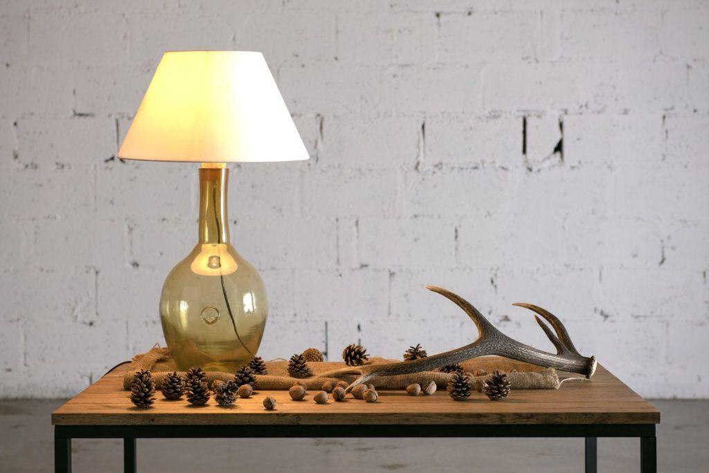 Szklana lampa stołowa LGH0070