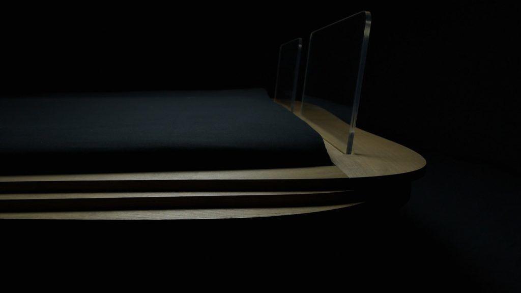 transparent headrest in organique bed