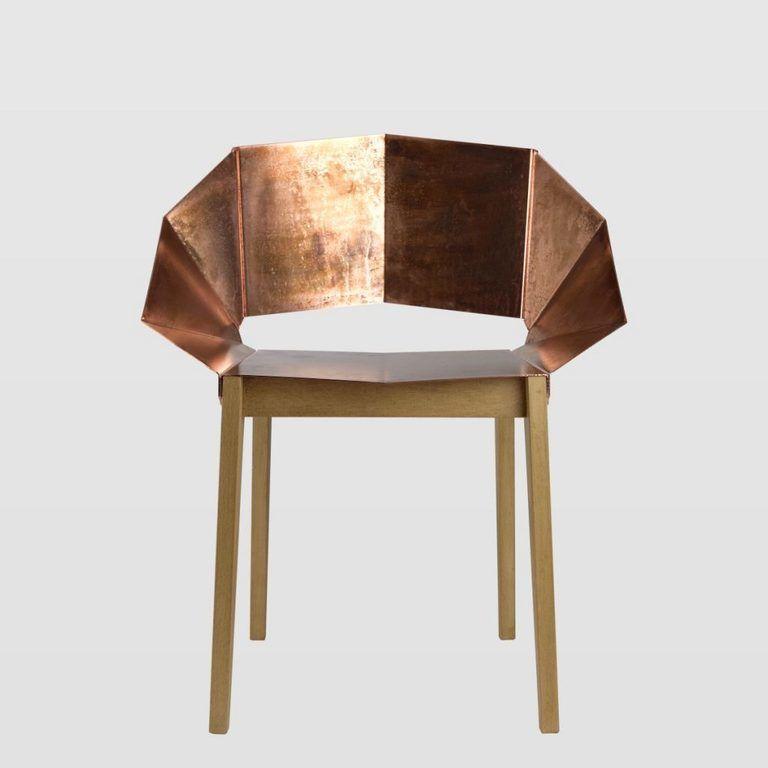 Krzesło KNIGHT miedziane na drewnianych nogach FST0296 - Gie El