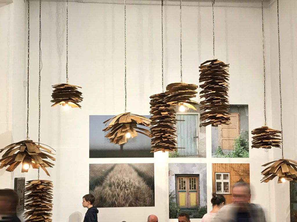 Gie El pendant lamp SHINGLE lamp made of natural wood Roots exhibition Galeria Bielska BWA
